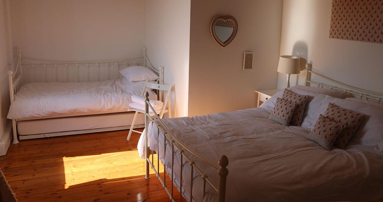 Farmhouse-1292x683._Bed2_02