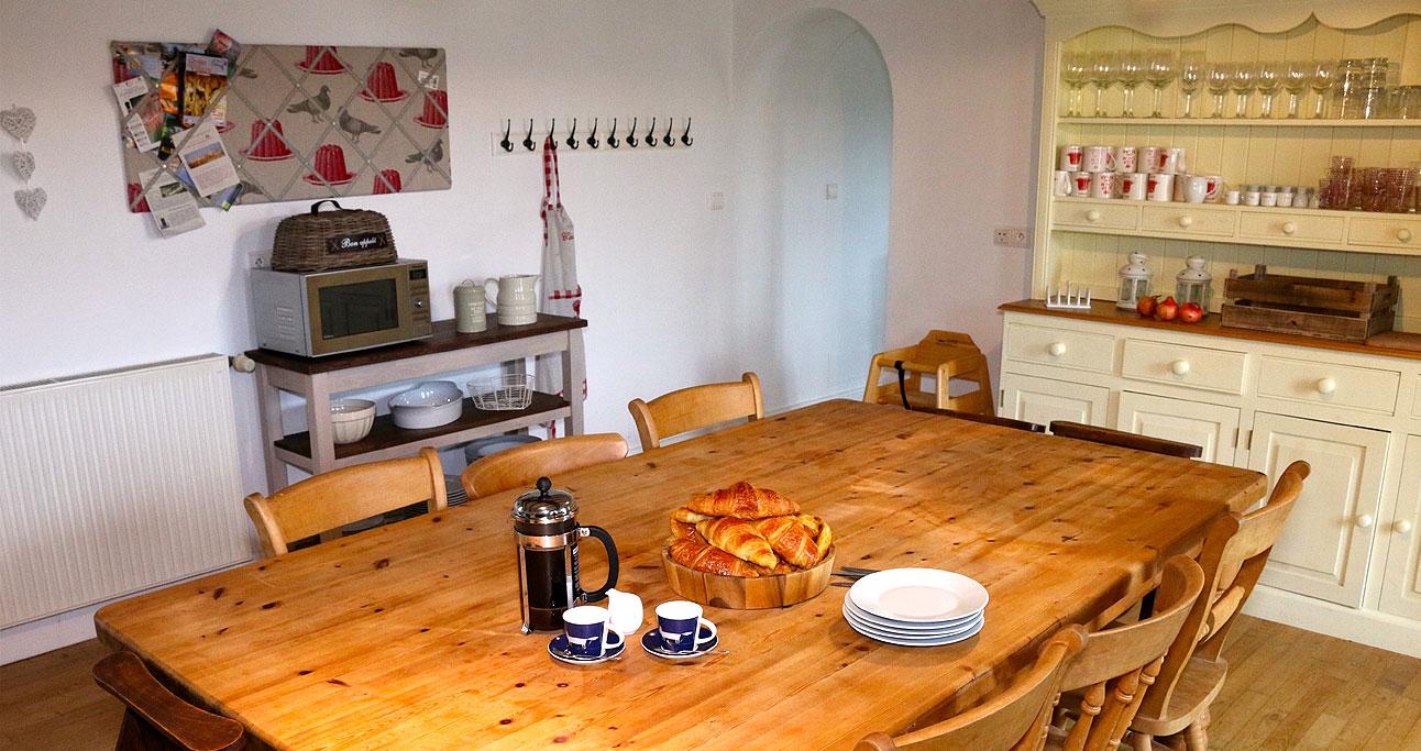 Farmhouse-1024x683_Kitchen02